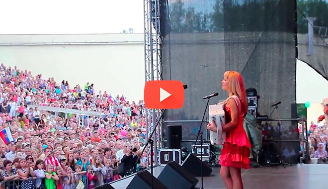 День России в Литве! Девушки просто шокировали…
