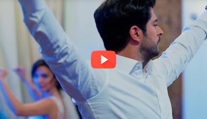 Бали Бей исполнил великолепный свадебный танец. Мастерству нет предела…