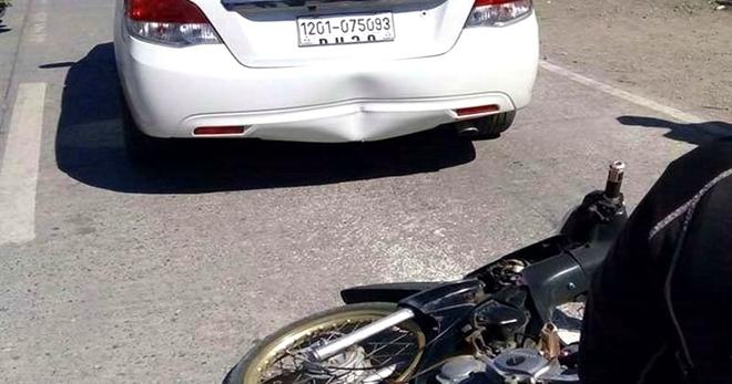 В его автомобиль влетел мотоцикл, и когда он вышел, будучи вне себя от злости, то понял, насколько ему повезло в тот момент…