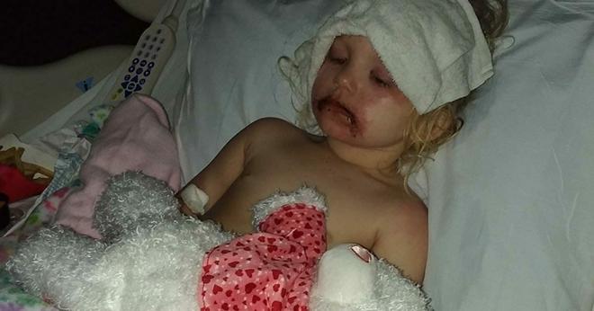 3-летнюю малютку сразу же повезли в больницу после того, как она поиграла с этой игрушкой. Её мать предупреждает…