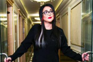Похудевшая Лолита с экстравагантным макияжем раскрыла главный секрет ухода Валерия Леонтьева со сцены